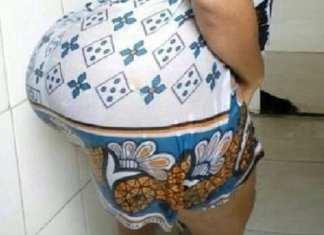 FIDAK 2019 : Une femme surprise dans les toilettes en train de faire une gâterie à une célébrité
