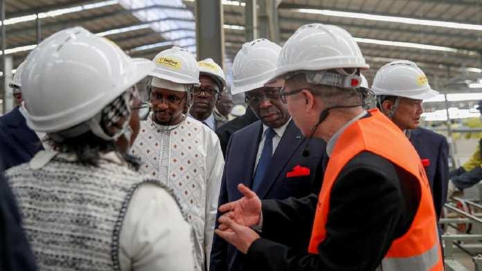 Cap sur l'industrialisation. Inauguration de l'usine Twyford_05