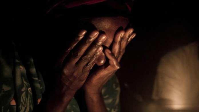 """Aïda Coly, 16 ans: """"Ma mère me contraignait ... avec des hommes pour un bol de riz"""" 4"""