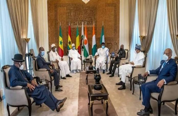 Les mesures au Mali de la CEDEAO pour une sortie de crise