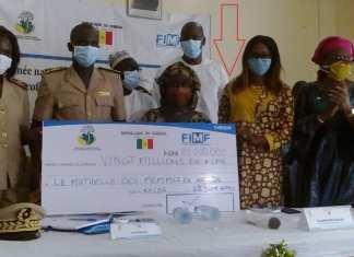 Zahra Iyane Thiam, ministre de la Microfinance+