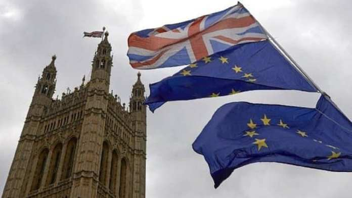 Le Royaume-Uni impose une quarantaine aux voyageurs rentrant de France