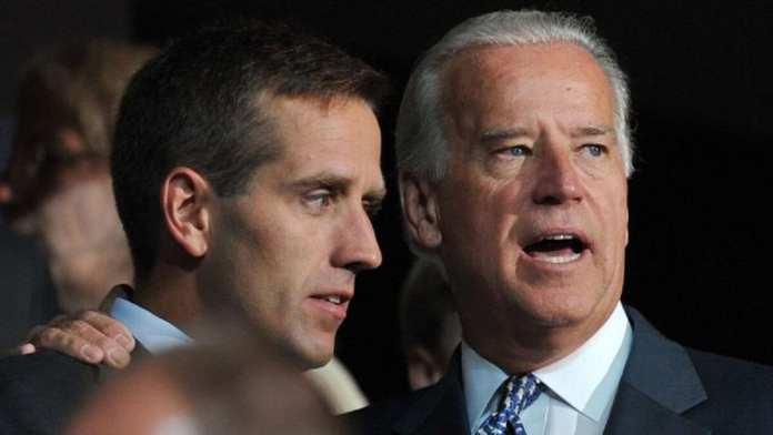 Joe Biden a perdu son fils Beau (à gauche) d'un cancer en 2015