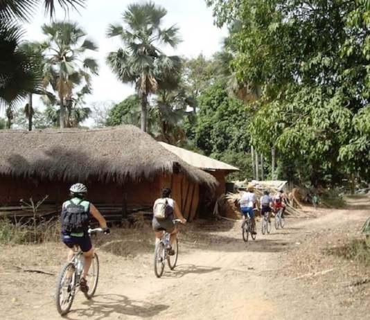 Carrefour au cœur du Kassa www.kafunel.com le paisible village de Boudiédiète manque d'infrastructures