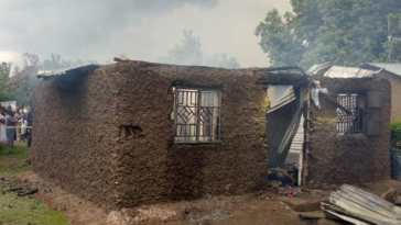 woman sets house on fire