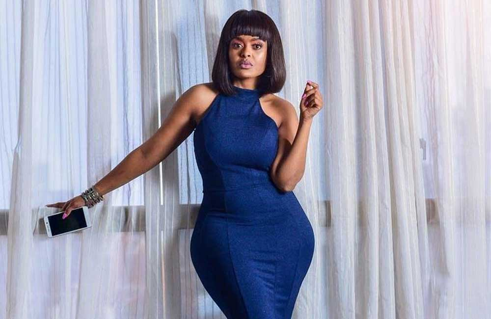 Singer Avril Speaks On Not Having A Flat Tummy, Says She Is Comfortable In Her Body -