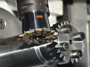 Gearing Up_Sandvik-Coromant_milling