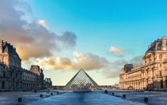Louvre museoa online bisitatzen etxetik