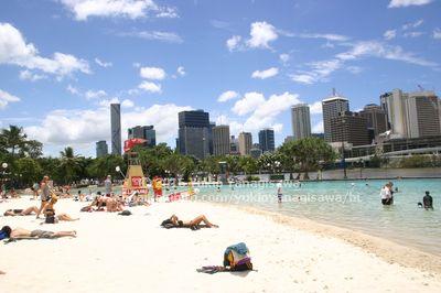 サウスバンクの人工砂浜プール
