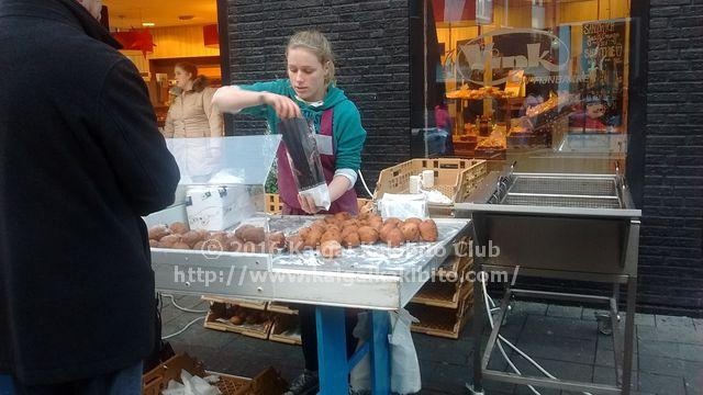 オランダのドーナツ屋台