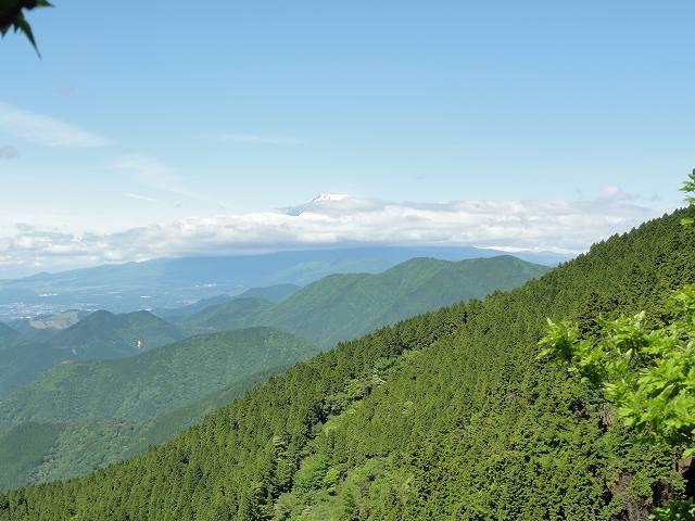 丹沢表尾根縦走ルートから眺める富士山