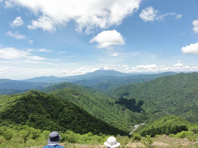 塔ノ岳山頂からの眺め