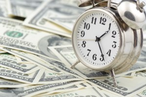 Freelancing Dilemma: Hourly Rate or Fixed-Price Contract?