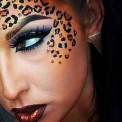 DIY Halloween Makeup Looks #halloween #halloweencostume #diy #diyhalloweencostume #diycostume #makeupideas #halloweencostumes #facepaint #makeup #leopard #animalcostume #leopardcostume #animal #kainspired