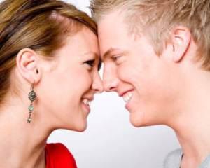 Tips Agar Wanita Jatuh Cinta