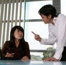 Menyikapi Teman Kerja Yang Menyebalkan