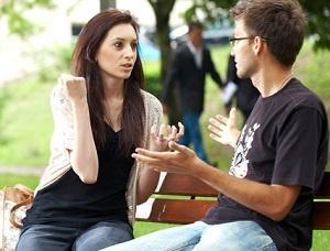 Sikap Kebanyakan Pria yang Buat Wanitanya Merasa Kesal
