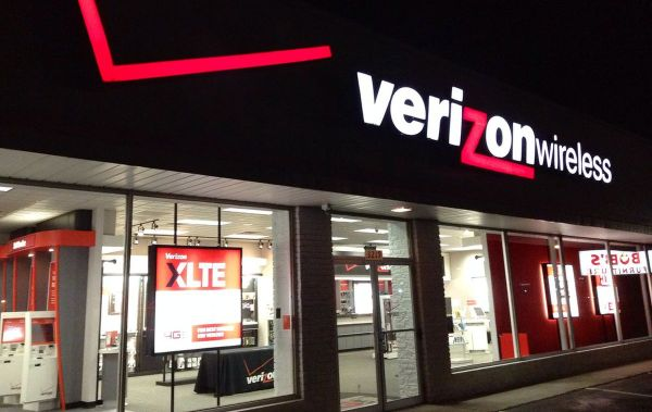 Verizon Wireless works to restore statewide outage in Arkansas