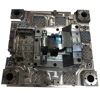 Custom Plastic Injection Molding Automobile Parts Mold Exporter