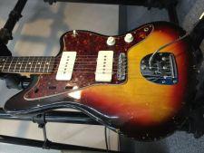 1964年製 Fender JAZZMASTER買取させて頂きました!のサムネイル