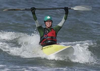 Pia testar surfkajak, Klitmöller 2009