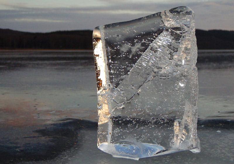 Isskulptur på Västersjön
