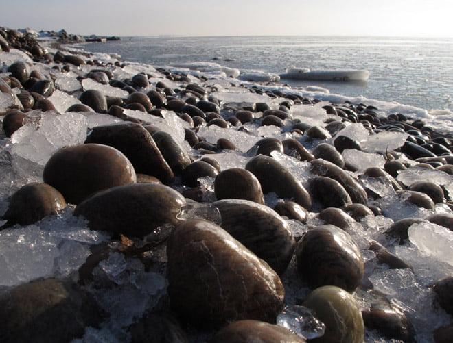 Småisigt på stenstränderna
