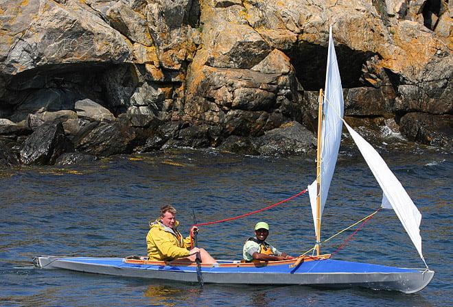 Jonas och Robin seglar i Jonas 34 år gamla Pouch RZ85