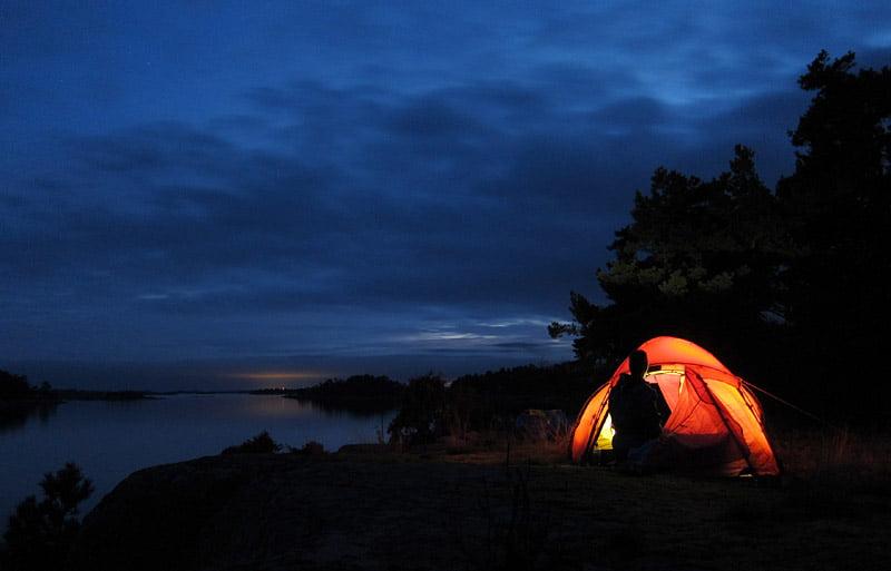 Tältet uppe på Lilla Brändö. FInfin kväll.