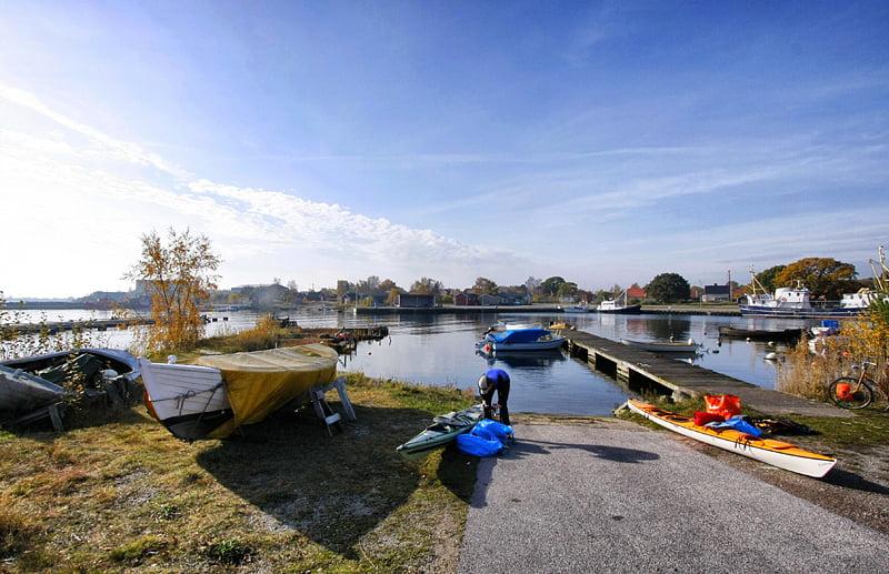 Fredagssjösättning vid Garpahamnen på Hasslö