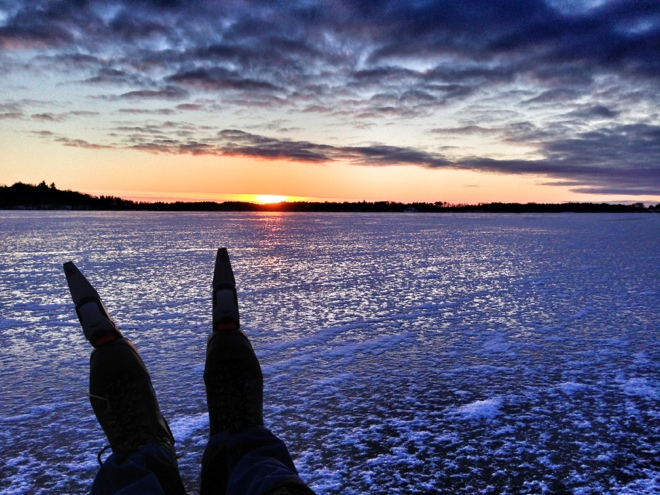 Långfärdsskridsko, fin is och solnedgång. Det duger :)