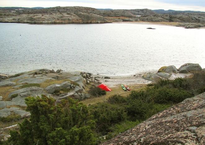 En av tältplatserna på Dannemark sedd ovanifrån