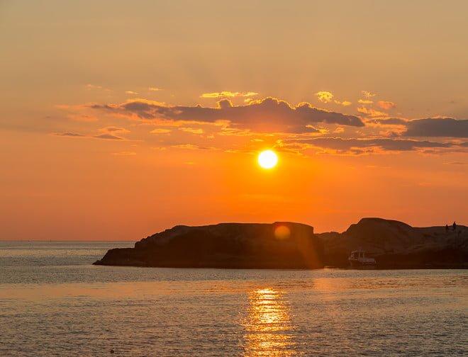 Solnedgång över Lilla Kännskär i Bohuslän härom kvällen