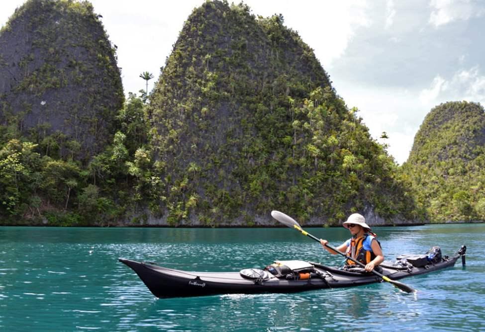 Tuuli och sockertoppskarstöarna i Wayag Islands (norra Raja Ampat)
