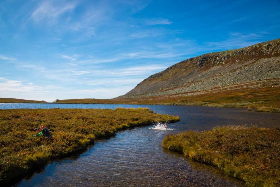 Bad uppe i Nipfjällets naturreservat