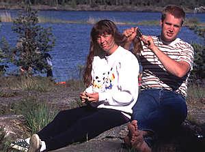 Detta var senaste gången Bosse & AnnCharlotte var med ute och paddlade. Numera bor de i Stockholmstrakten och har fullt upp med hus och barn. Förhoppningsvis får vi se dem som deltagare på paddlingar framöver igen.