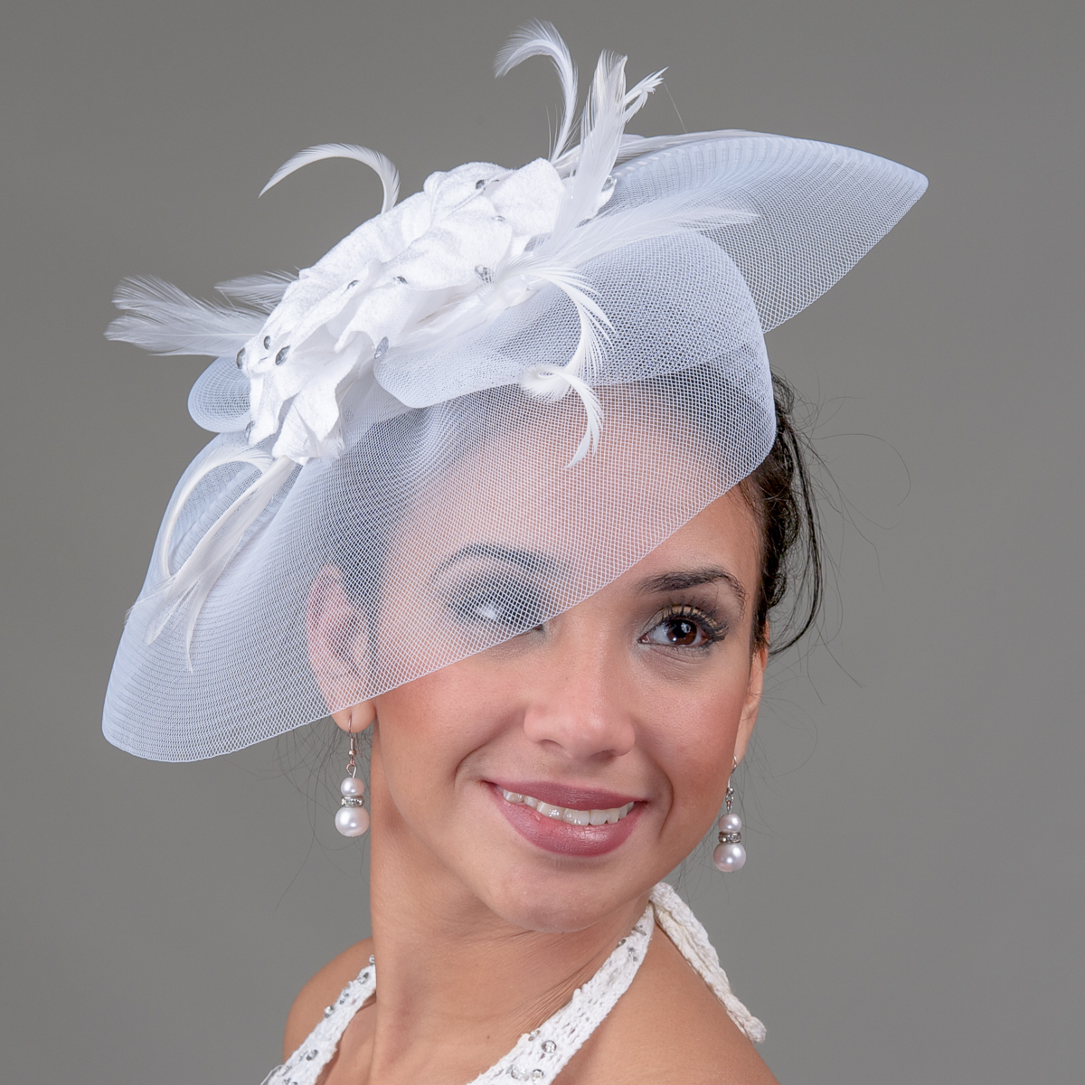 White Crin And Velvet Comb Fascinator Cocktail Hats 5730C