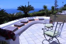 Meeresblickterrasse Villa Marisa