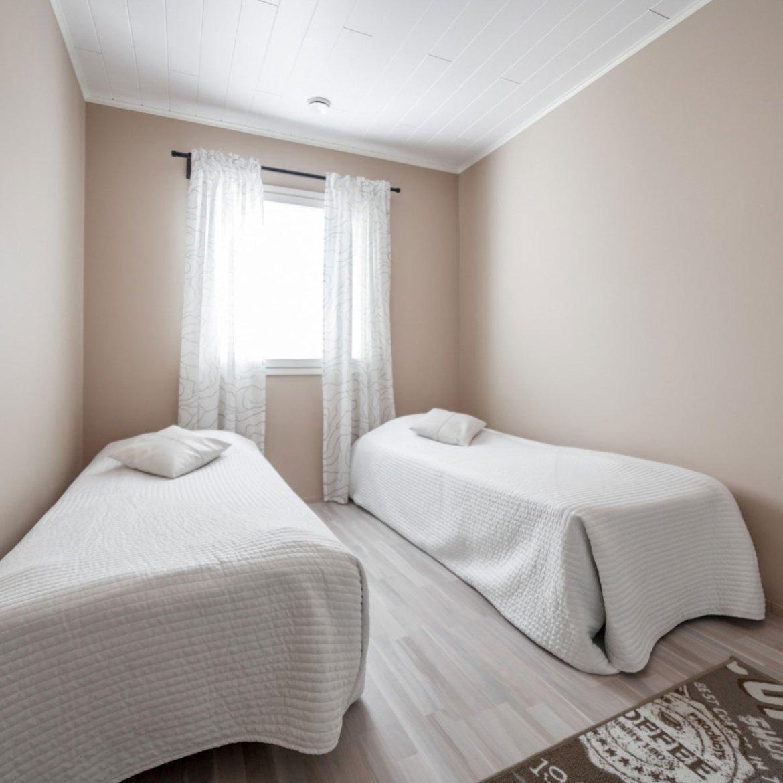 Makuuhuone 2.