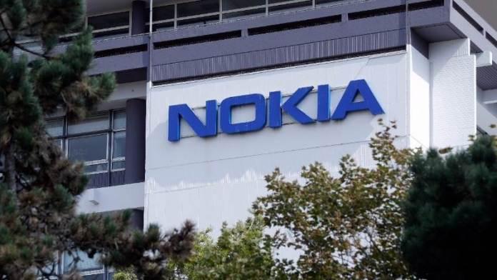 844    Nokia