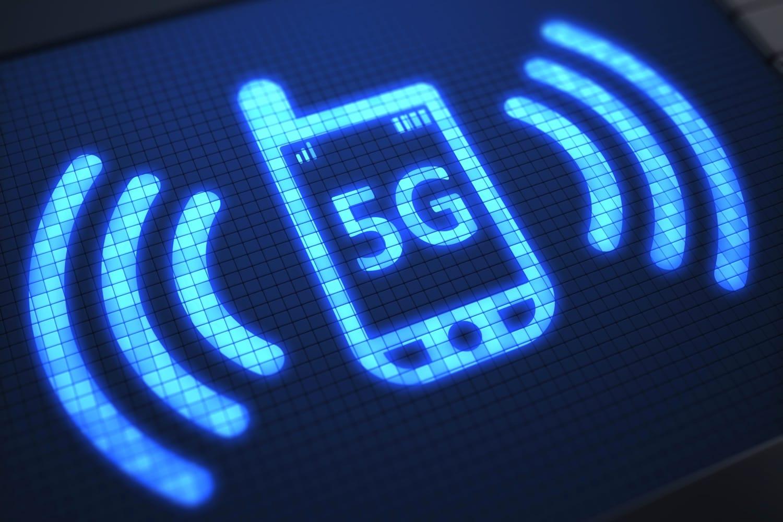 Уеб-порталът Gizmochina съобщи, че през 2018 година мобилният оператор Sprint