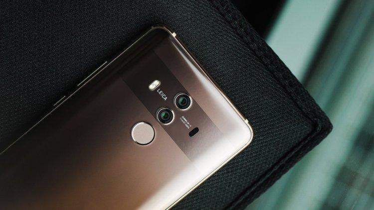 Huawei Mate 20, който трябва да излезе по-късно тази година,