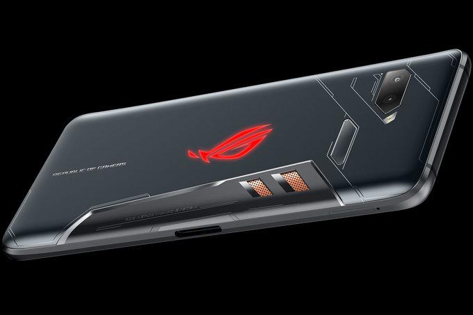 По-рано тази седмица Asus обяви телефона ROG. Носейки името на