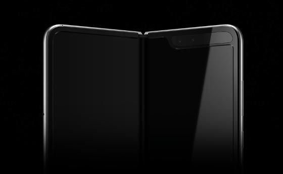 288471dfbbb В края на миналата година бе показан прототип на Galaxy Fold. Това  устройство в разгънат вид има 7,3-инчов екран с резолюция 2152х1536 пиксела.