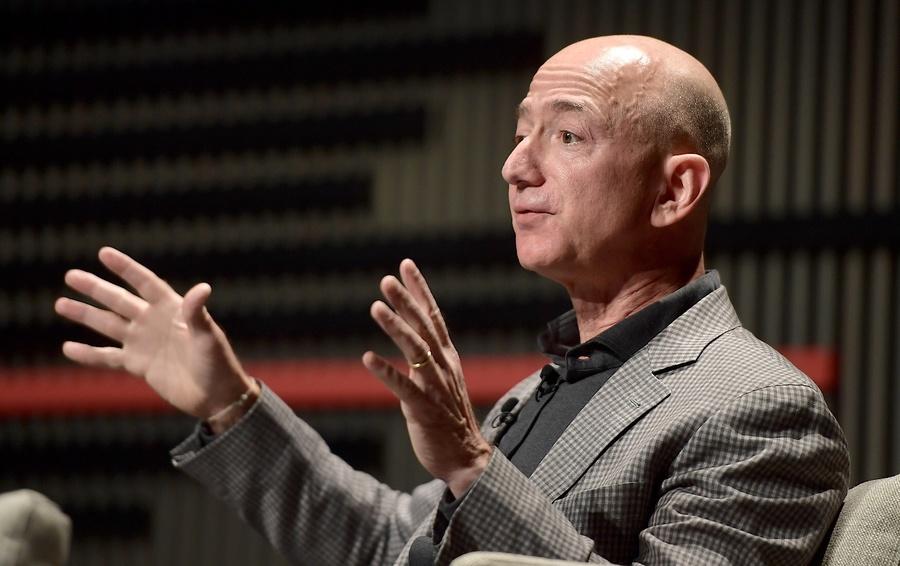 Forbes оцени финансовото състояние на основателя на Amazon на $131