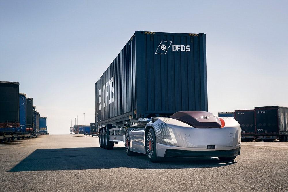 Компанията Volvo реши, че безпилотният електрически влекач няма нужда от