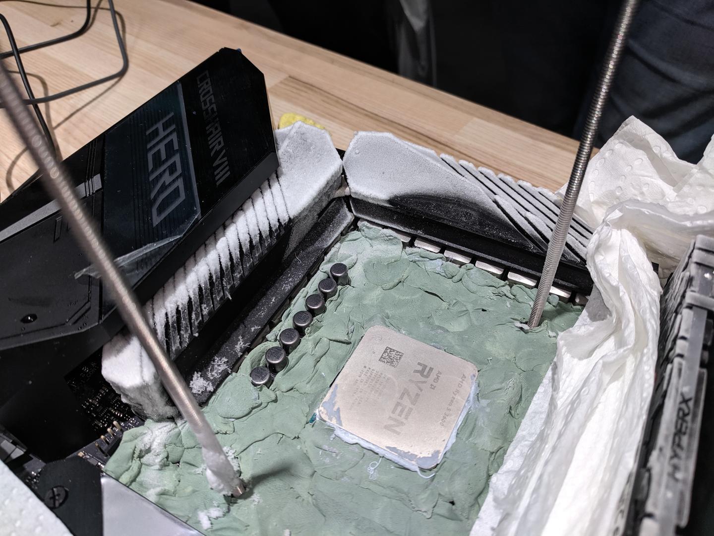 Вчера стартираха продажбите на процесорите AMD Ryzen 3000 и Глобалната