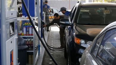Photo of سهمیه کارت سوخت جایگاهداران به ۲۰ لیتر کاهش پیدا کرد
