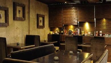 تصویر به دلیل نگرانی از کرونا فروش رستورانها در ایران ۳۰ تا ۳۵ درصد کاهش یافته است
