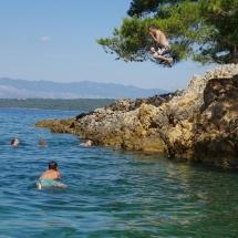 Saut de falaise de Alex en Croatie